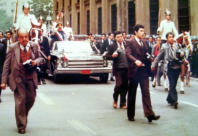 Parade in celebration of the anniversary of the coup d'état, on September 11, 1982.